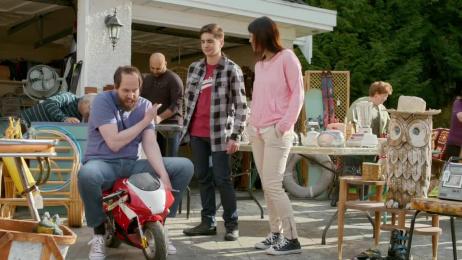 Virgin Mobile: Garage sale Film by 180 LA, B-Reel