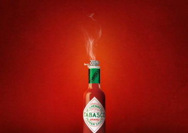 Tabasco: Bottle Print Ad by Universidade Salvador