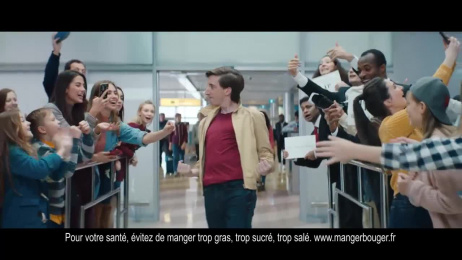 Hollywood: The New Freshness of Living, 2 Film by Isobar Paris