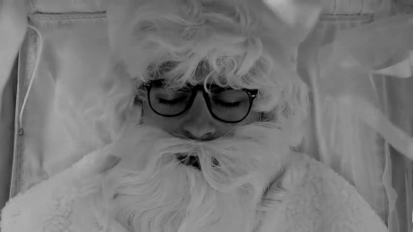 PowerUpp: What if Christmas ended? What if Santa died? Film by uppOut