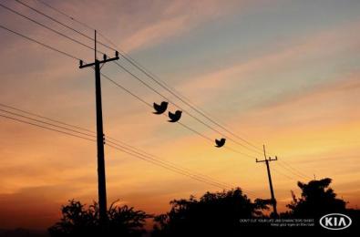 Kia: Tweets Print Ad by Innocean Toronto