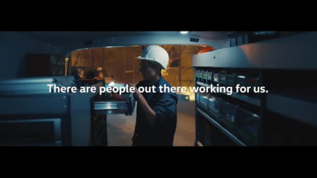 VW Commercial Vehicles: Respect Digital Advert by Grabarz & Partner Hamburg