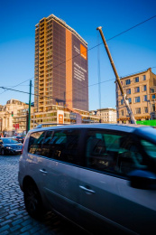 Orange: The largest wrapping paper, 8 Outdoor Advert by Publicis Brussels