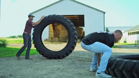 Land O Lakes: Kyle Rudolph vs. A Tire Film by GMR Marketing, The Martin Agency Richmond