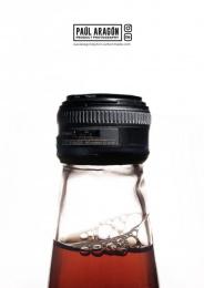 Paul Aragon: Sodacam Print Ad by Gitanos Studio