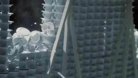 Lotus: Eden Hazard vs. 10 000 cups Film by TBWA\ Brussels