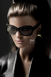 Barbie Doll: SUNGLASSES Print Ad by Ogilvy & Mather Mexico
