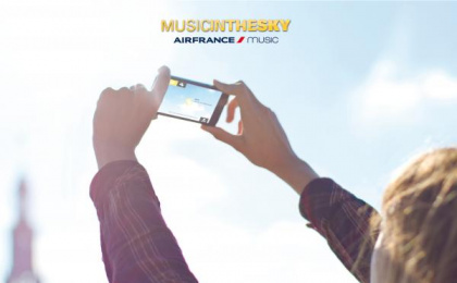 Air France: MUSIC IN THE SKY Digital Advert by BETC Euro Rscg Paris