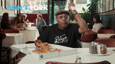 Jetblue: The DO's and DON'Ts of Eating New York Pizza with Spike Lee Film by Mullen Boston