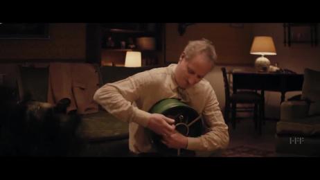 Heineken: A Peaceful Christmas Film by University of Television and Film Munich, Glitzer Film