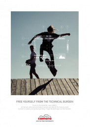 Camara: The Skater Print Ad by Change Paris