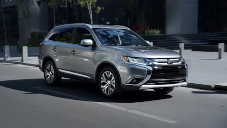 Mitsubishi Outlander: Everything Film by Acento, MakinE