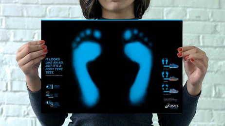 Asics: Foot Type Test [image] Print Ad by Neogama, Ritmo Visual Filmes