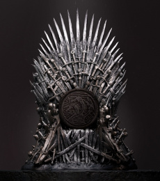 Oreo: OREO x Game of Thrones Print Ad by 360i, Elastic Pictures